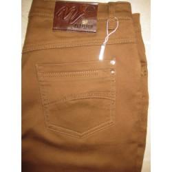 Pantalón básico Paralelo